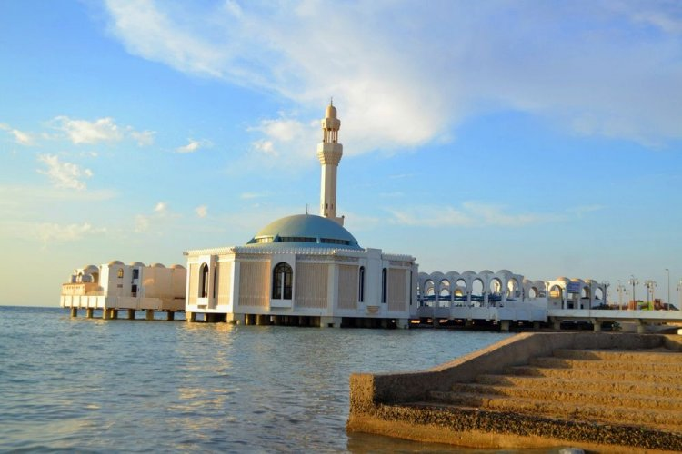 المسجدالعائمفي مدينة جدة