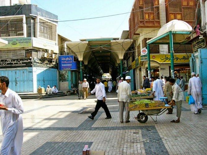شارع قابل في جدة
