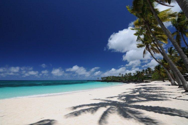 جزيرة القمر الكبرى المكان المثالي للراحة والاسترخاء