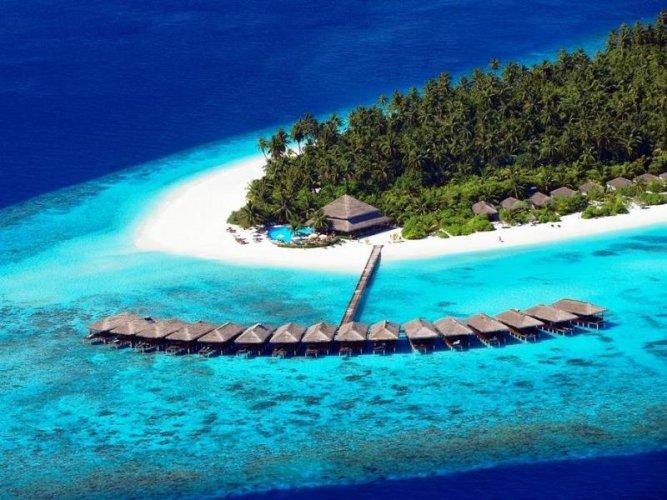 جزيرة فافو أتول أحد جزر المالديف