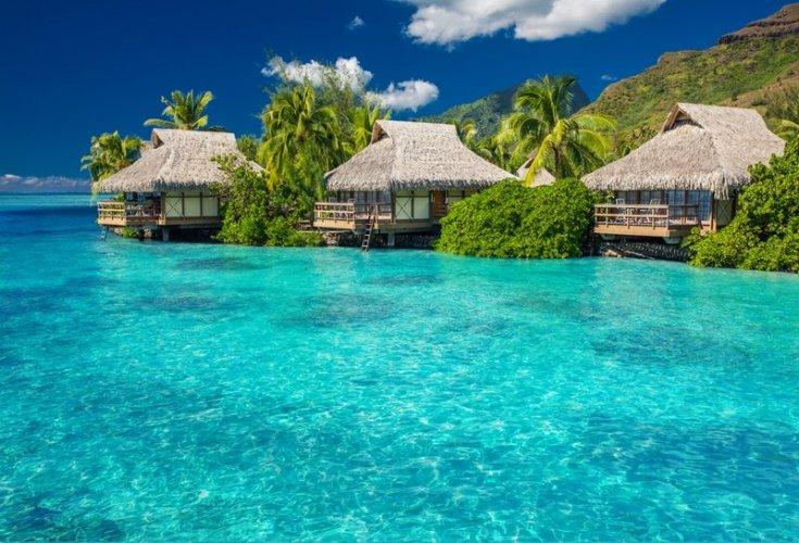 الأكواخ في جزر موريا