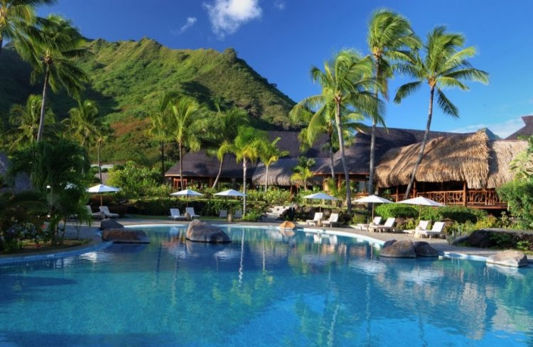 فندق هيلتونا في جزر الموريا