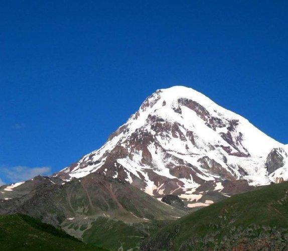جبل كازبيك في جورجيا