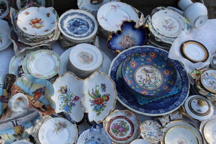 أدوات المائدة والأدوات المنزلية في شارع مرجان شويلي