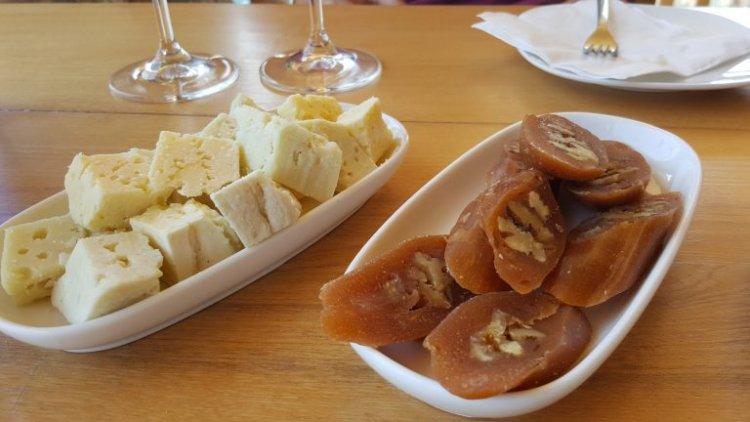 الجبن الجورجي