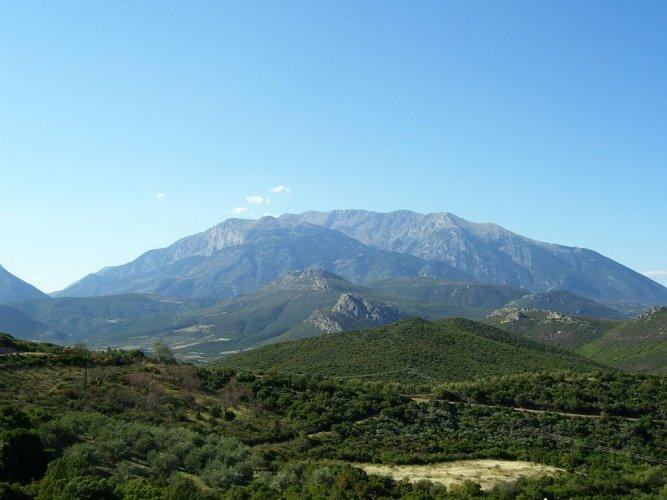 جبل بارناسوس في اليونان