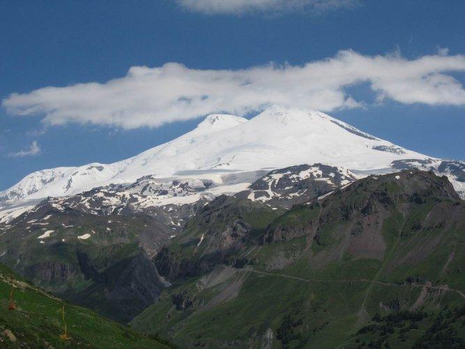 جبل إلبروس في روسيا