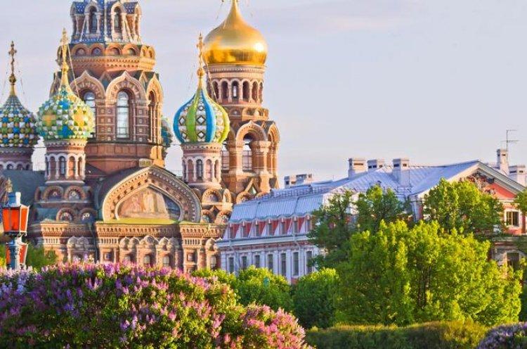 كنيسة القيامة في مدينة كراسنويارسك روسيا