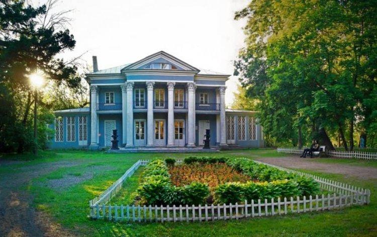 منزل الكونت أورلوف
