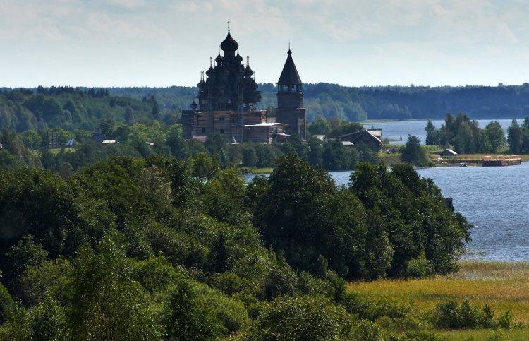 معالم روسيا التاريخية مدينة كيجي