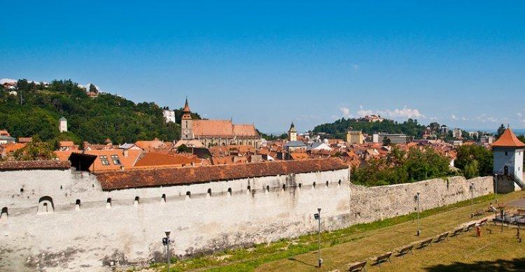 سور المدينة القديم في براشوف