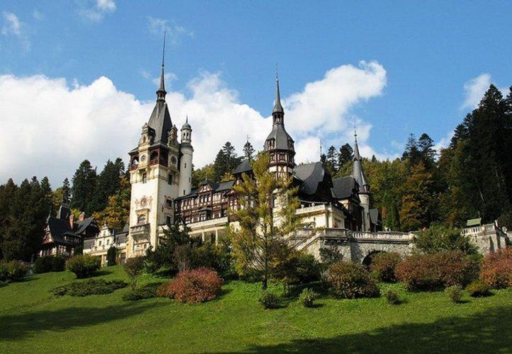 قصر بيليش في رومانيا