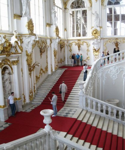 القصر الشتوي في سانت بطرسبرغ - روسيا