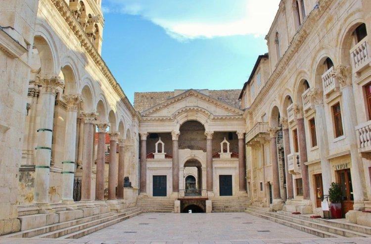 قصر دقلديانوسفي مدينة سبليت