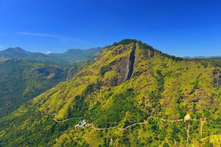 جبل الرحون في سريلانكا