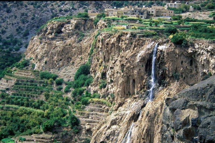 قرى الجبل الأخضر في سلطنة عمان