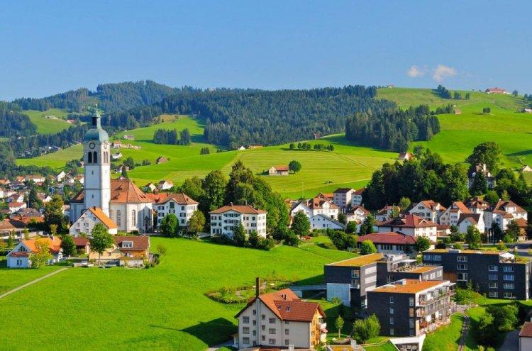 ابنزل سويسرا