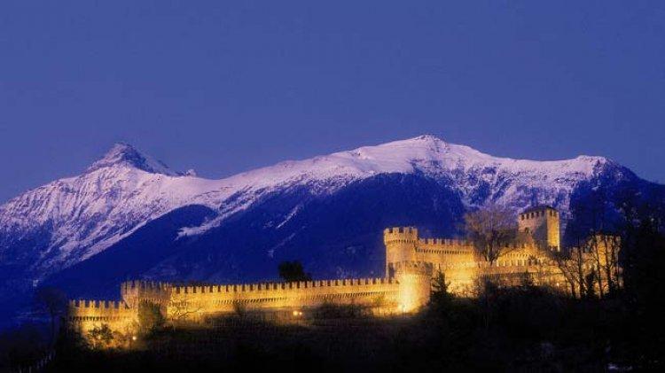 قلعة بيلينزونا