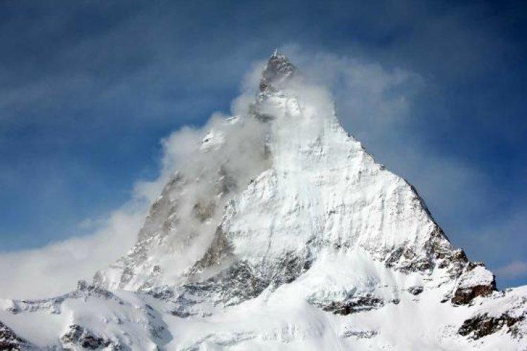 قمة جبل ماترهورن في زيرمات