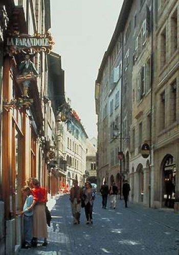 المدينة القديمة في سويسرا