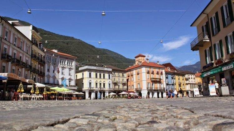 ساحة غراندي في لوكارنو