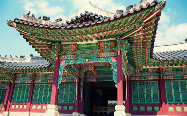 الألوان الخلابة في قصر تشانغدوك