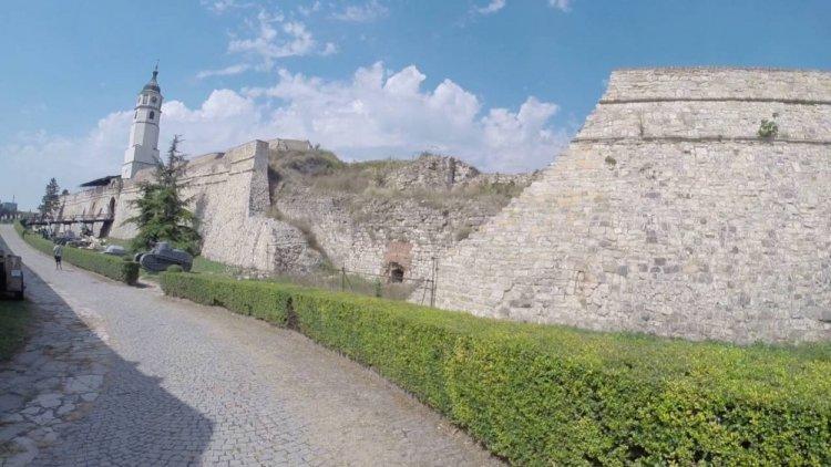 طريق قلعة بلغراد