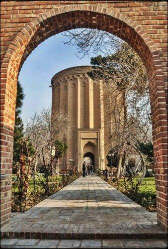 برج طغرل من المعالم الأثرية المتبقية من العهد السلجوقي