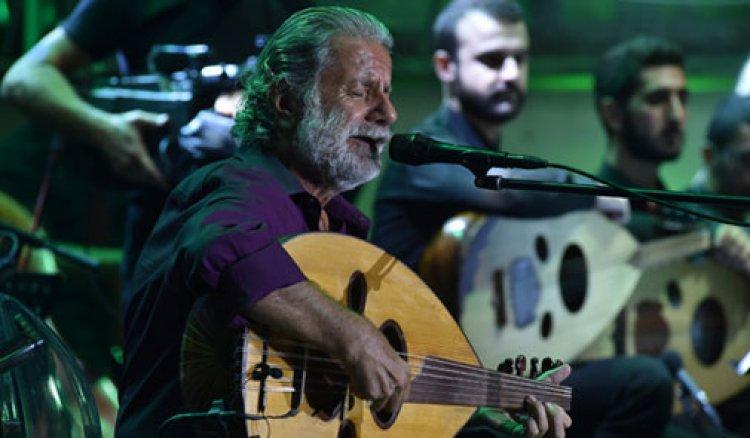 عزف مارسيل خليفة علي مسرح مهرجانات عمشيت