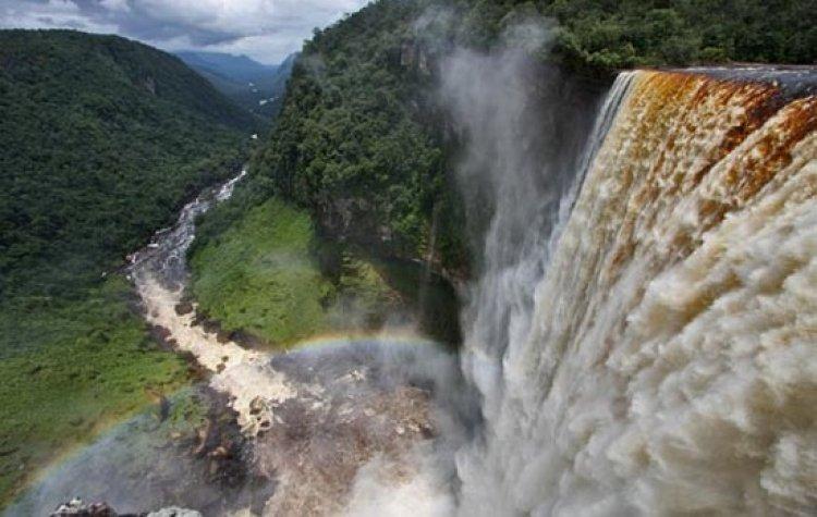 شلالات كايتير أعلى شلالات في العالم