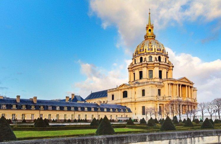 متحف ليزانفاليد في باريس