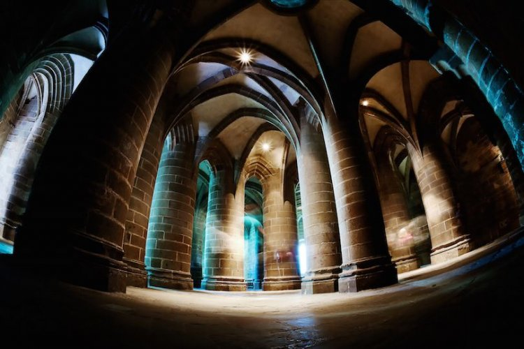 جدران ترجع للعصور الوسطى