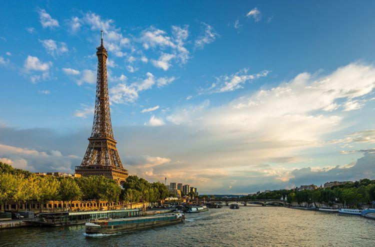 نهر السين في باريس
