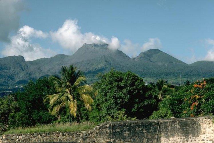بركان لاسوفيير