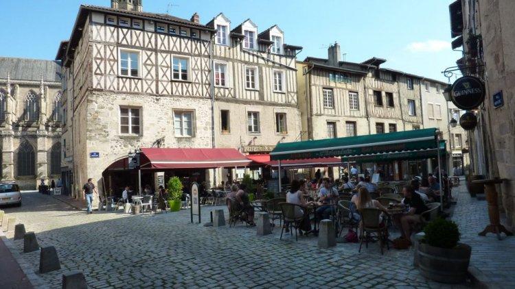 مدينة ليموج فرنسا