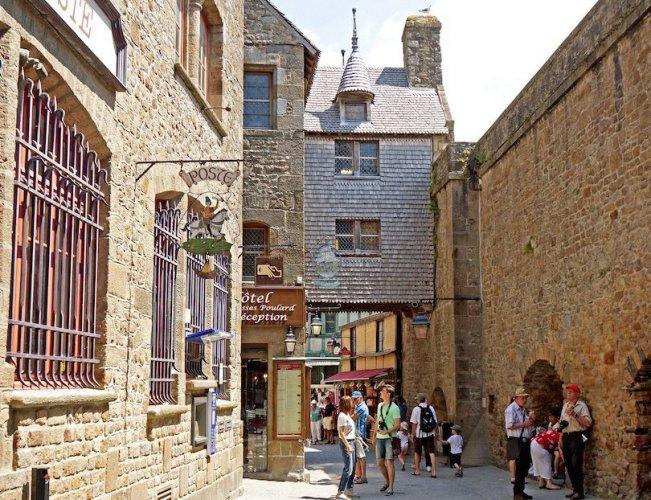 قلعة مونت سانت ميشيل