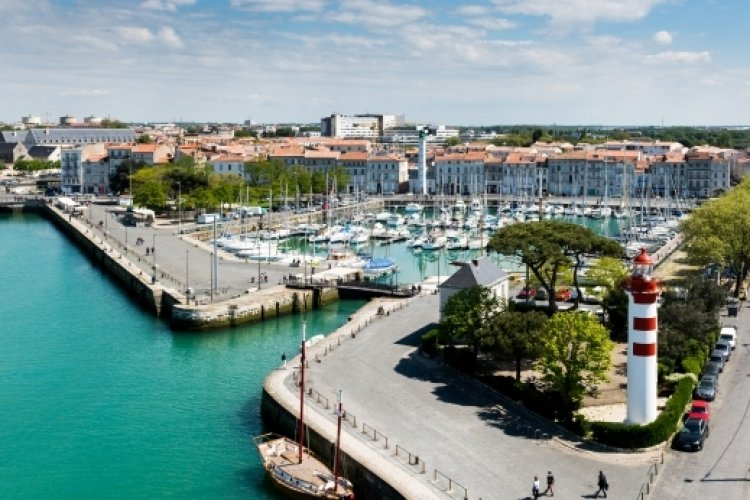 جزيرة ري في فرنسا