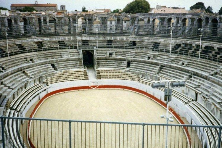 مدرج آرل Arles Amphitheatre