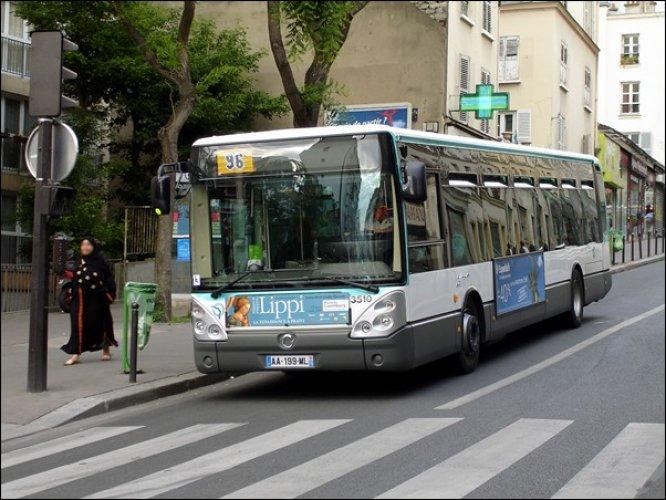 الباص في فرنسا