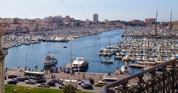 ميناء مارسيليا القديم Old Port Of Marseille