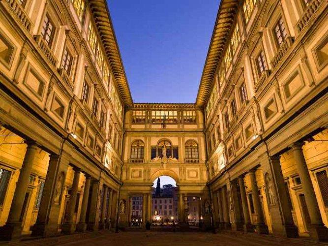 متحف أوفيزي غاليري في فلورنسا