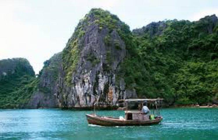 رحلات القوارب الجميلة في جزيرة كات با