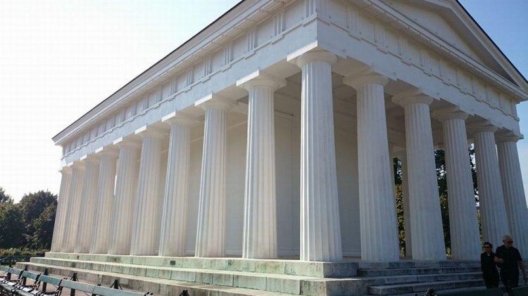 معبد ثيسيوس في فيينا - النمسا