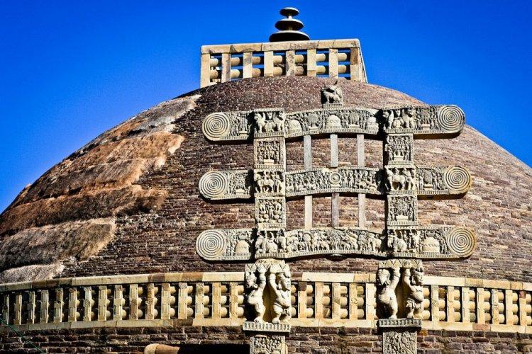 قبة ستوبا البوذية في نيبال