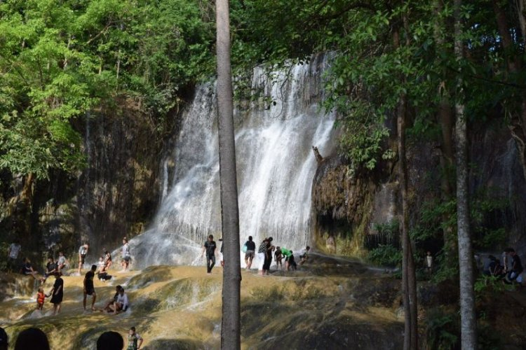 شلال ايروان في كانشانابوري - تايلاند