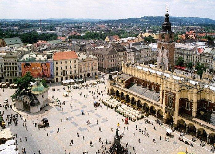 الميدان الرئيسي في مدينة كراكوف