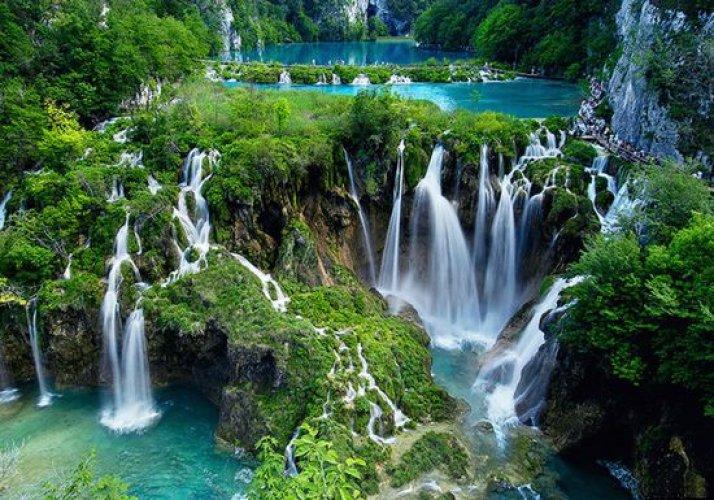 منتزه بحيرات بليتفيتش في كرواتيا