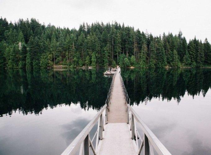 بحيرة ساسامات في كندا