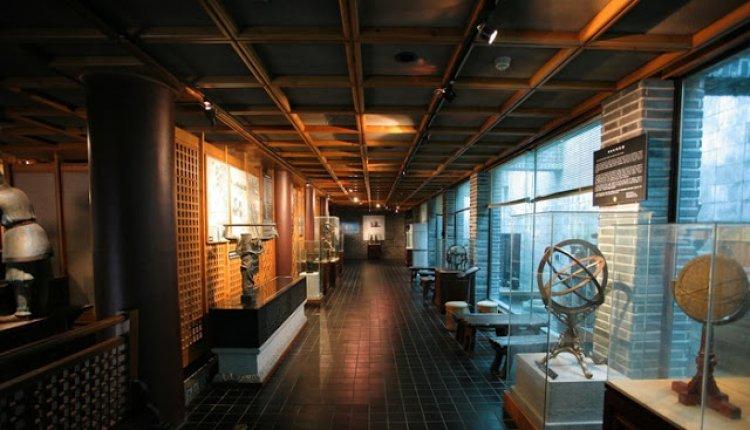 متحف سيلا للفنون والعلوم في مدينة جيونجو