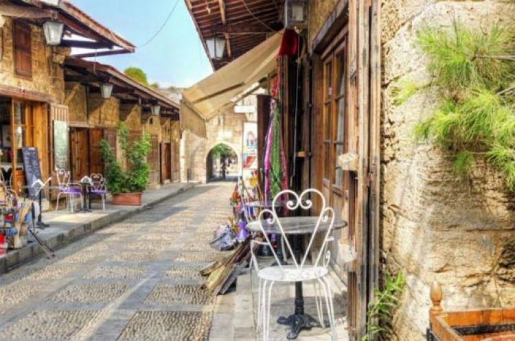 الحارة القديمة والسوق القديم في جبيل